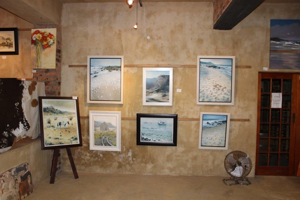 Riverbend Art and Wine Gallery (4)
